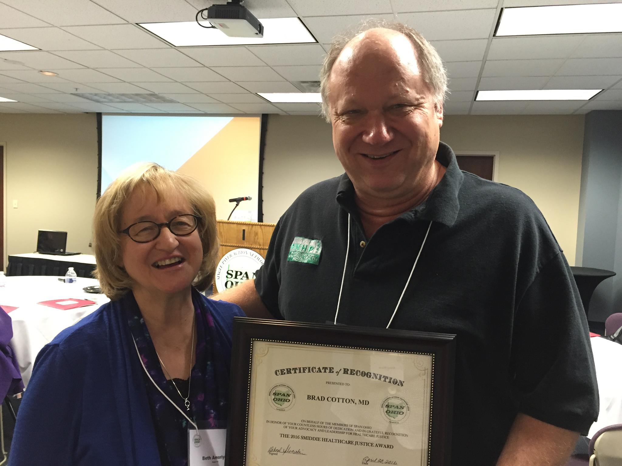 Dr. Brad Cotton receives Smiddie Award